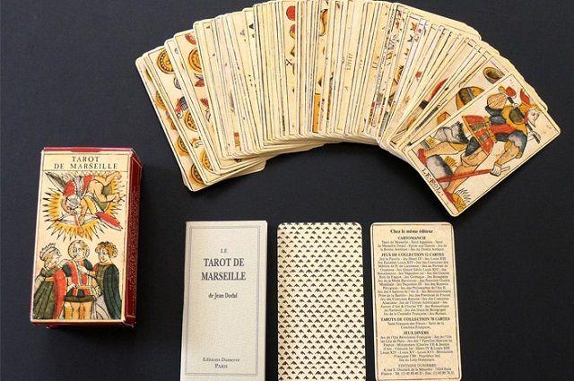 Tarot Of Marseilles - Bộ Bài Trung Hoà Cổ Xưa Và Hiện Đại