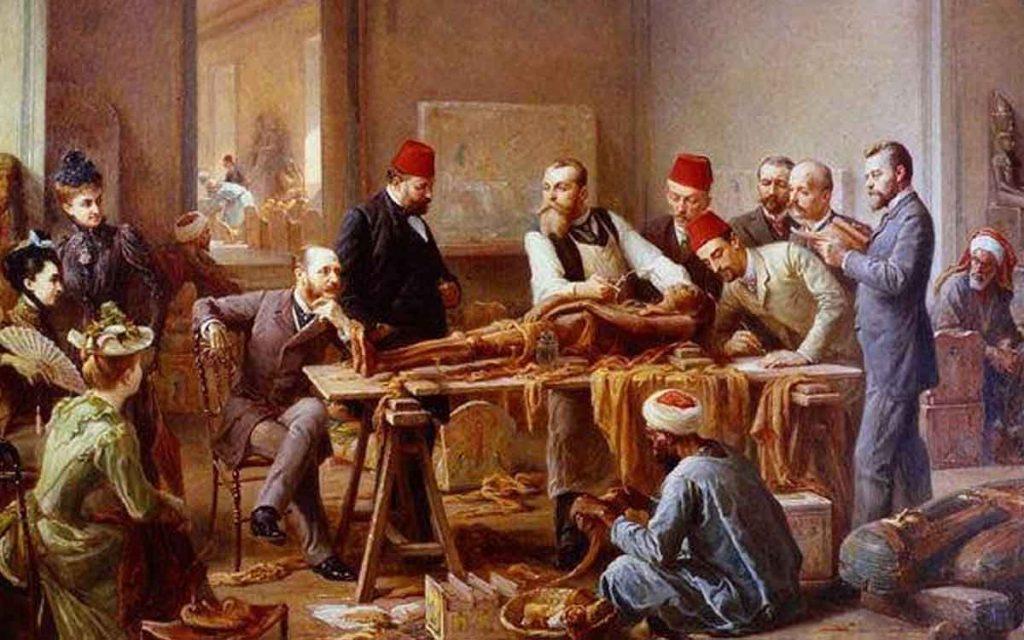 Những lá bài Tarot đầu tiên được ghi nhận xuất hiện ở Ý vào khoảng thế kỷ XV